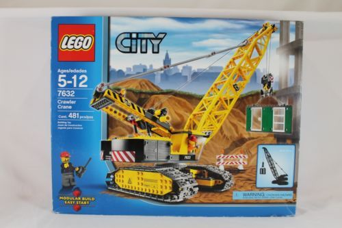 Lego-City-Construction-Crawler-Crane-7632-new-sealed-with-5620-new-too