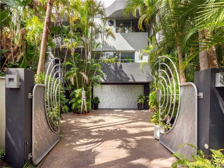 38 best Coconut Grove Homes & Condos images on Pinterest   Coconut ...