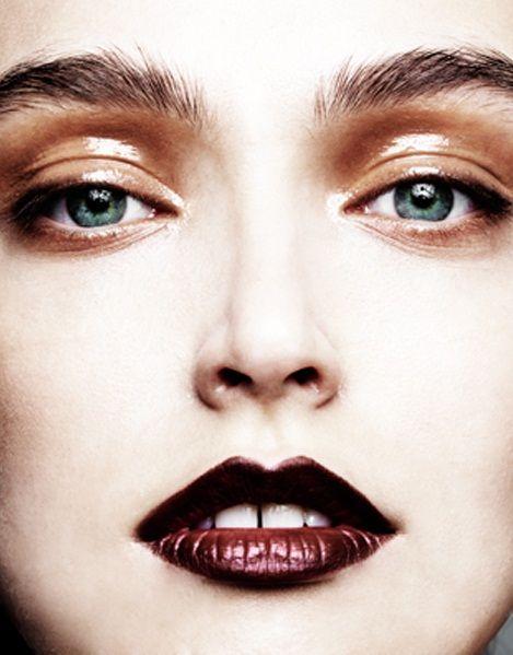 Wet look makeup | Photoshoots | Pinterest