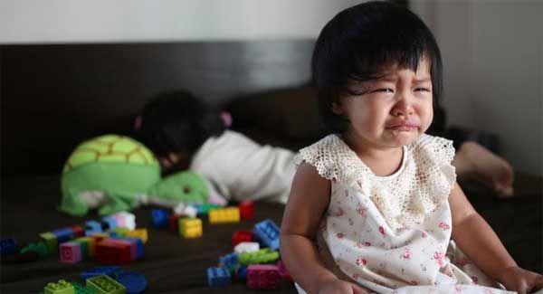 Mimisan bisa disebabkan oleh karena kondisi tubuh atau faktor lingkungan. Nah, apakah bahaya anak sering mimisan?. Hidup sehat apa untuk mengurangi mimisan pada anak?. Dari artikel penyebab anak sering mimisan sebelumnya telah dijelaskan beberapa sebab dan pemicu terjadinya mimisan pada anak. Ada kalanya anak mengalaminya karena faktor lingkungan yang mengakibatkan tubuh bereaksi. Hal ini yang …