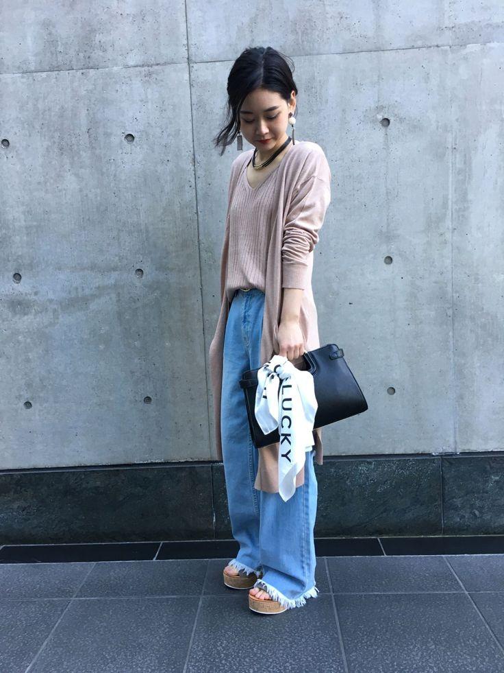 アンサンブル風ロングカーデ☆ アンサンブル風に使えるロングカーデ☆ピンクベージュ×ライトブルーで春らしい印象に。