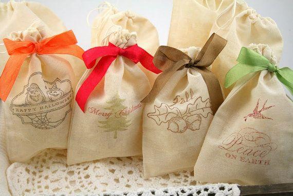 Christmas Muslin Favor Bags / Drawstring Gift Bags - Stamped Christmas Tree