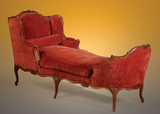 A fine 18th century carved walnut chaise lounge of the for Chaises louis xv cannees