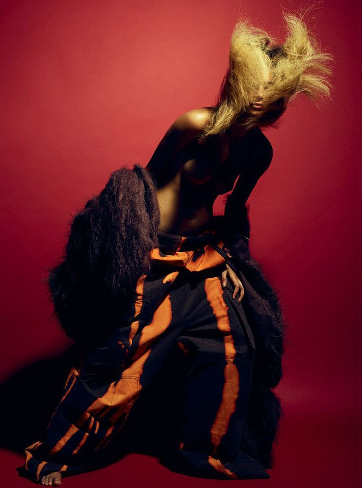 Binx Walton by Mario Sorrenti for i-D Magazine Fall 2016 | The Fashionography