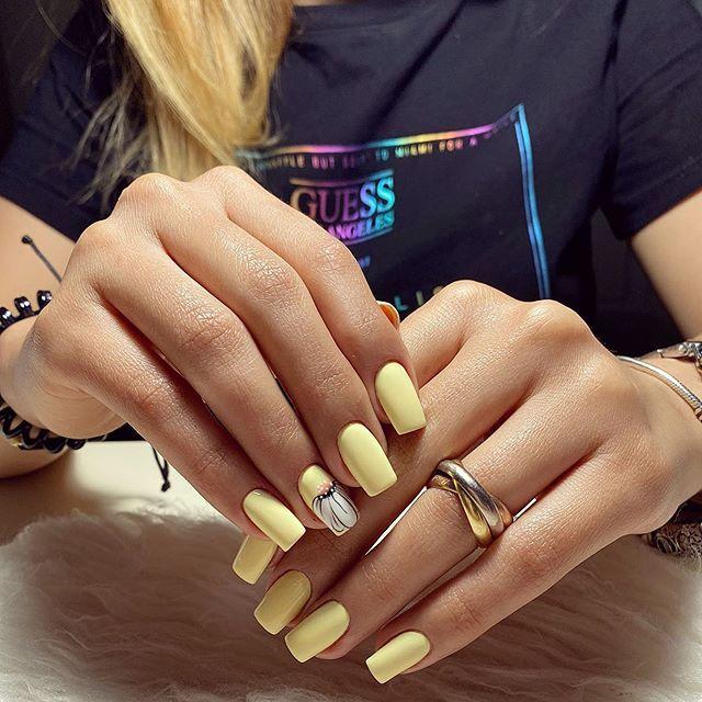 Nails Aya On Instagram Nails Nail Ailart Gel Dirnaq Qaynaq Baku Bakuazerbaijan Nails Gel Baku Azerbaijan