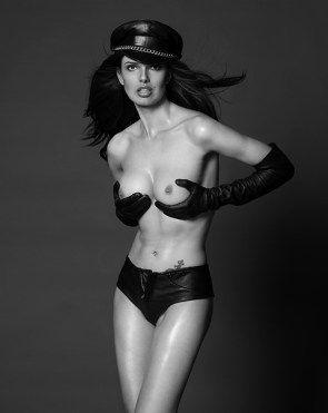 Nudes Image port