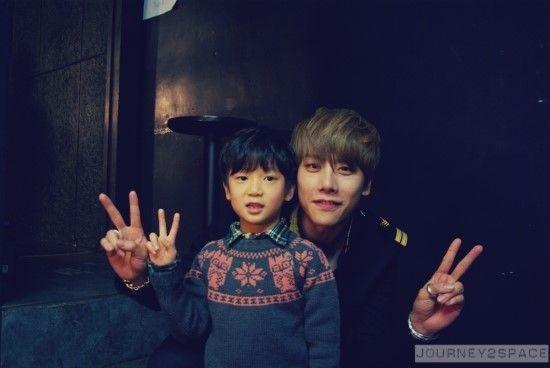 Park Hyo Shin & Ideun http://mblogthumb1.phinf.naver.net/20141125_140/deadmonkeys_1416886399930OFAnM_JPEG/IMGP5271.jpeg?type=w2