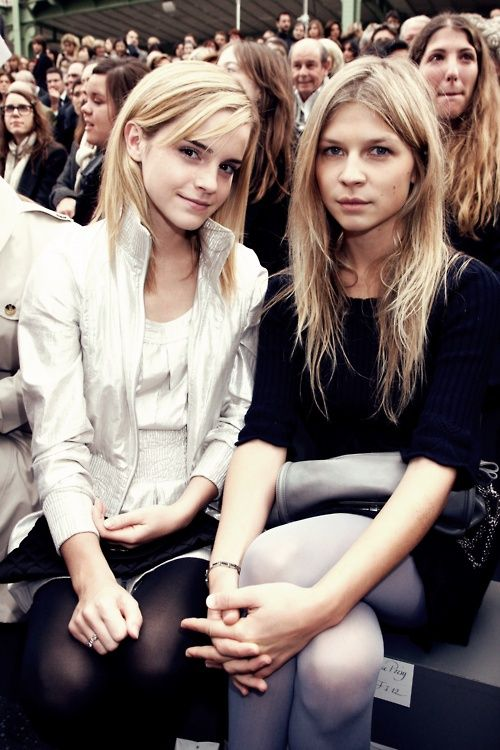 emma watson and clemence posey, hermione granger and fleur delacour in harry potter (woah, Emma's blonde!)