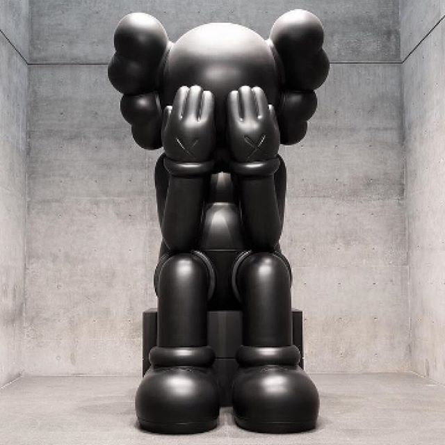 New York based Designer @Kaws is known for his graffiti art, illustrations, sculptures, products and toys. Companion featured here in a super-sized sculpture started out as a character in Kaws's early works on canvas. The collection includes Accomplice, Chum and Bendy, and are a riff on American cartoon characters and brand mascots, but also a reference to Kaws's inner child. The largest of the sculptures measures in at 5 metres high.