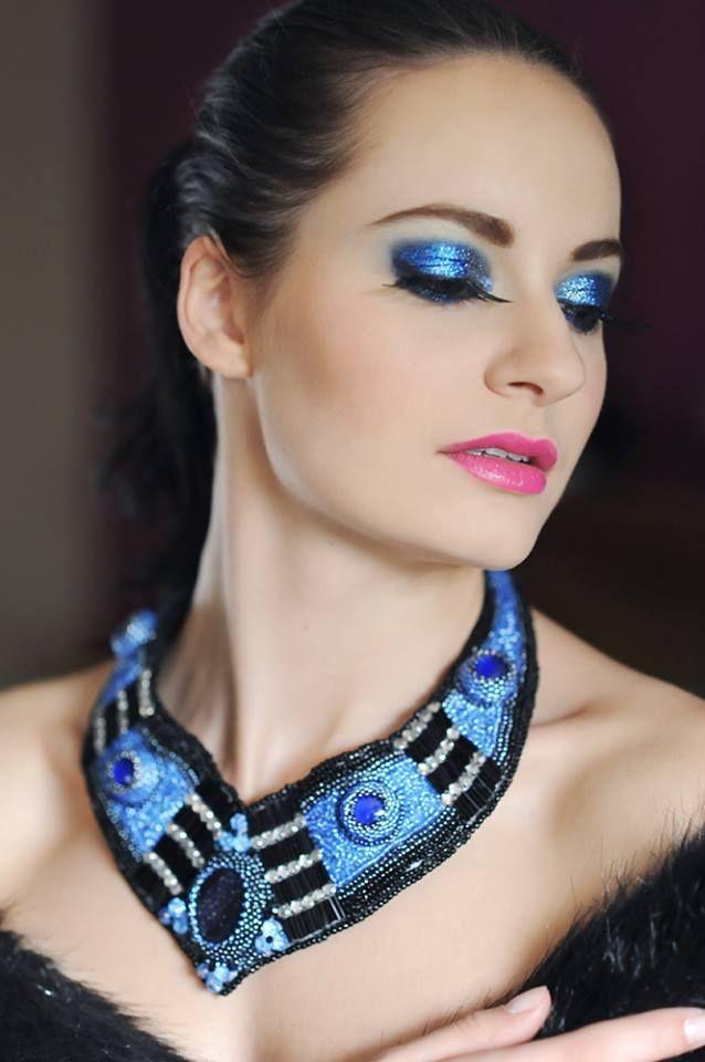 Kolekcję unikatowej biżuterii artystycznej poleca Decoris & Art.
