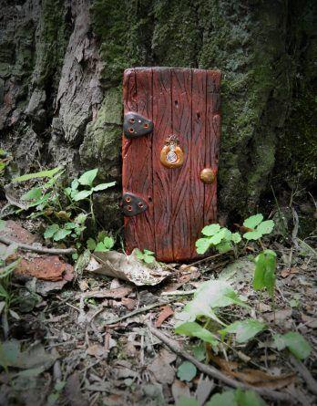 Dekoracja ogrodu, balkonu, doniczki, pokoju. Bajkowe drzwi dla elfa, wróżki. Gliniane, ręcznie robione.