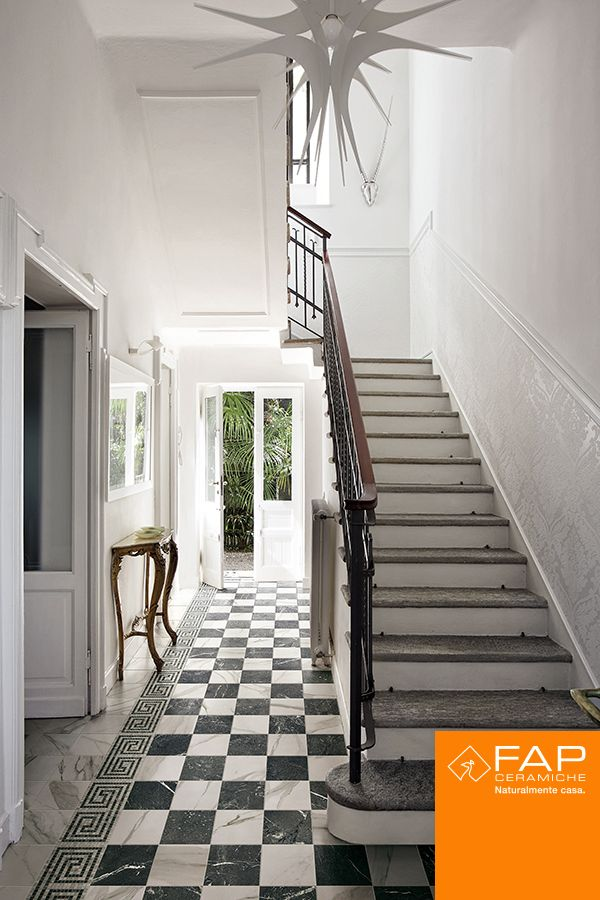 #Roma Mosaic border and the timeless 20x20 in the entrance hall