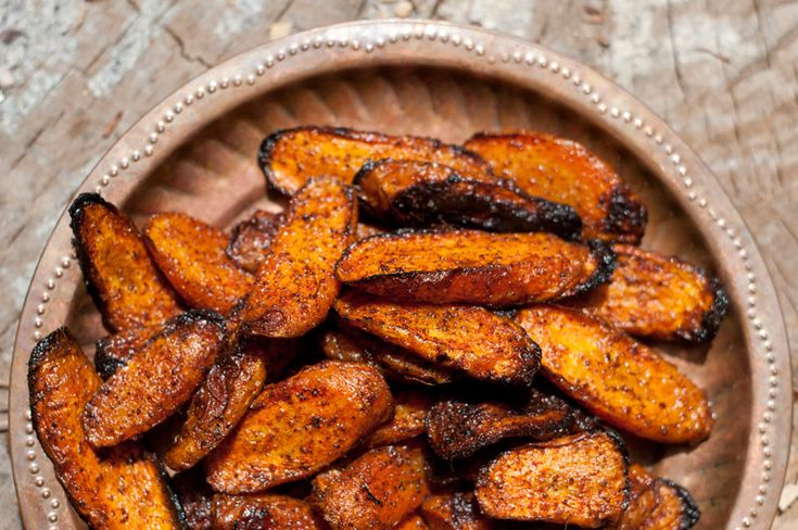 red roasted carrotsOlive Oil, Fun Recipe, Carrots Recipe, Food, Coconut Oil, Roasted Carrots Paprika Chilis, Favorite Recipe, Spices, Red Roasted