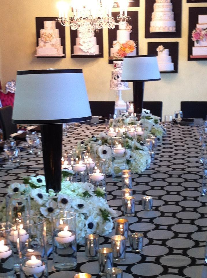 Wow Factor Cakes Networking Event, Carey Roberts Design, floral, flower arrangement, candlelight, lamps, design, wedding, event