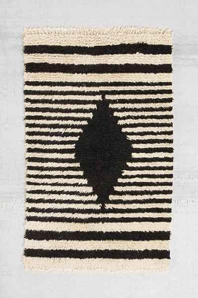 Bohem Shag Diamond Wool Rug - Urban Outfitters