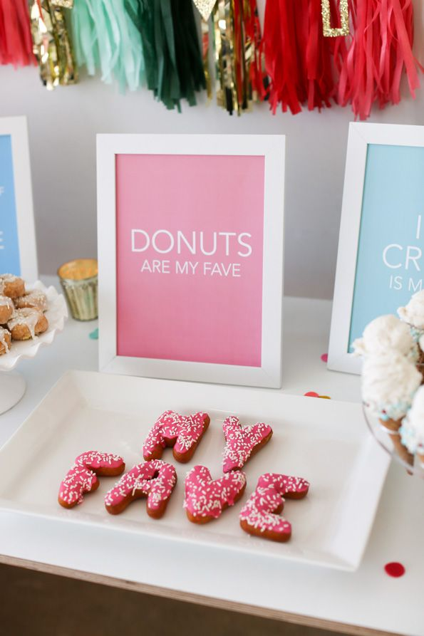 Favorite Things Party: Donuts? Of course! Bubbly? Yes, please! Ask friends to tell you their favorite foods and drinks so you can add some of their guilty pleasures into the mix. Place these free printable signs in simple matching frames to display your menu. Then snap pics of guests with their favorite treats!