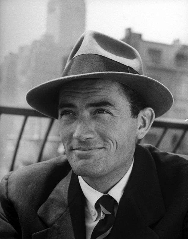"""MEN Fedora-The hat is typically creased lengthwise down the crown and """"pinched"""" in the front on both sides.["""