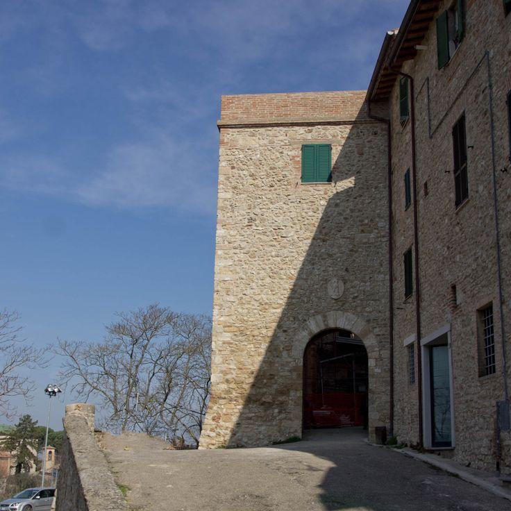 Collevalenza-Il  Castello www.bedandbreakfastanticoborgo.it