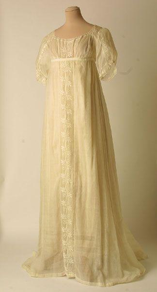 Dress 1805, Mde of muslin and cotton (Grecian Regency)