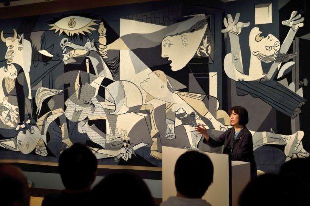 原田マハ「いまこそ『ゲルニカ』の話をしよう」|ポーラ美術館での「永遠の10分間」公開 | クーリエ・ジャポン