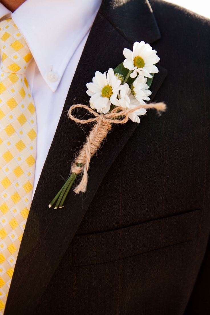 Quins Boutonniere, daisys & twine-it turned out better than I imagined! everyone loved it!
