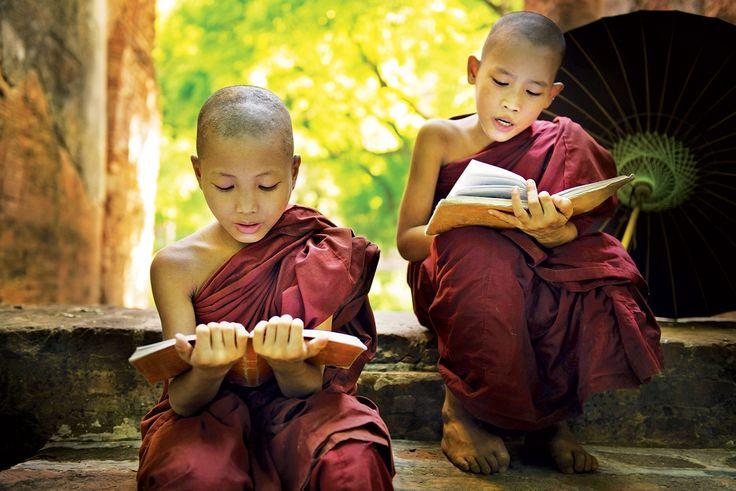 Enfants bouddhistes Birmanie