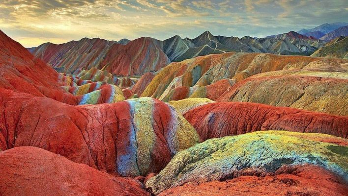 Zhangye Danxia de regenboog bergen