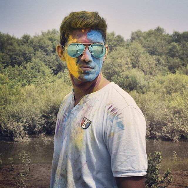 Holi  #picoftheday#bestholiever#holiphotography#holishooting#withfriends#lovethispic#glarce#hairs#toomuchfun#daywellspent#likeforlike#follow4follow#ty