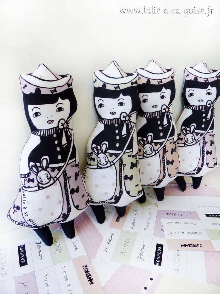 """Art doll poupée """"mots doux"""" parme en coton biologique certifié GOTS. €39,00, via Etsy."""