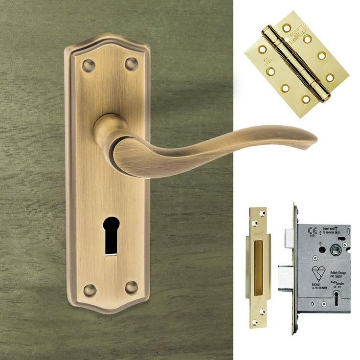 Warwick Old English Lever on Backplate - Key - Matt Antique Brass Pack. #doorhandlepack #doorhandlelock #externaldoorhandle