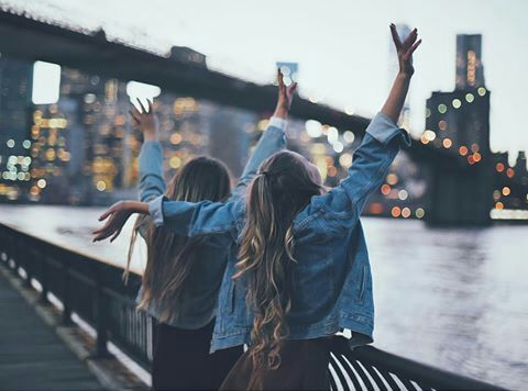 Imagem de friends, city, and friendship Pinterest ❀ ohspringtime