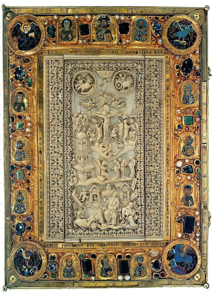 Оклад книги. Генрих II, Франция 16 в. Слоновая кость, золото, серебро, камни, эмали..