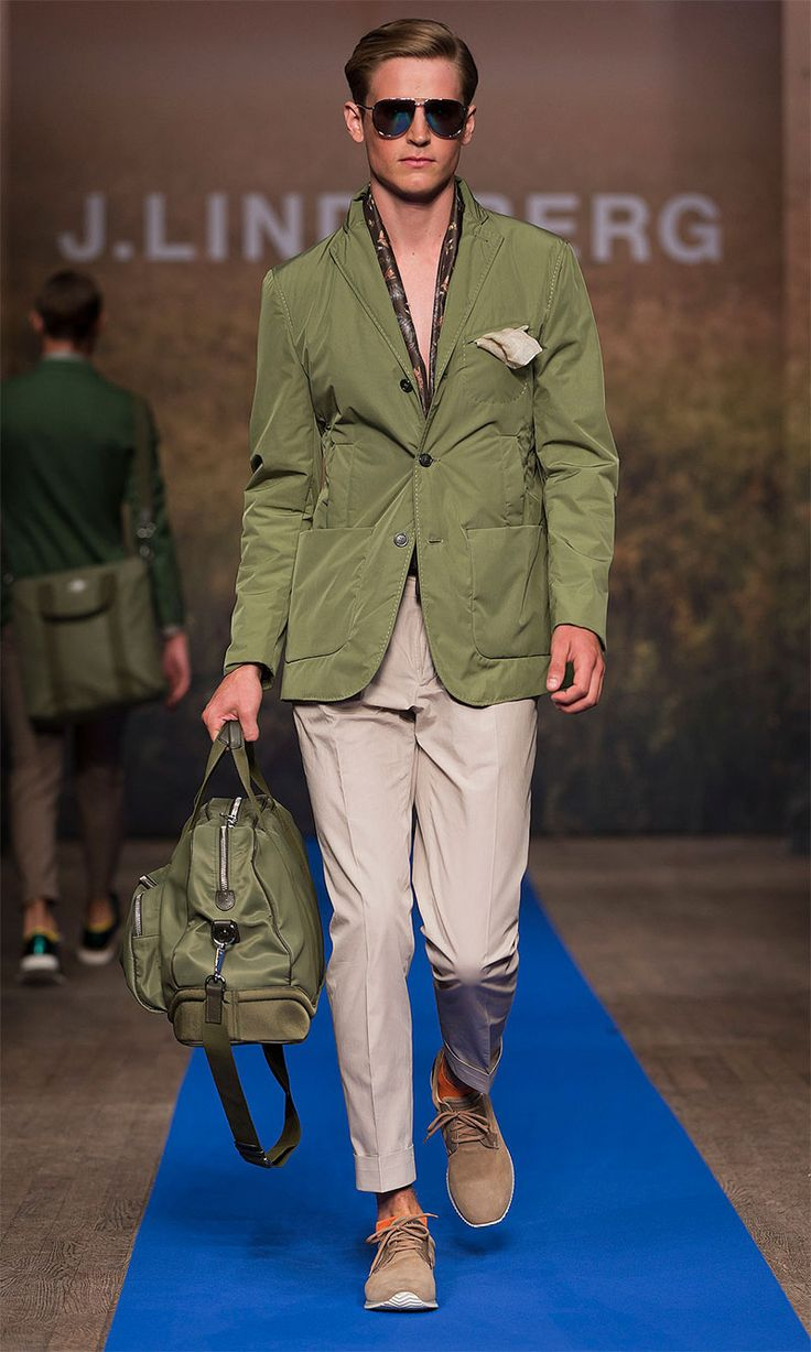 how to wear mens green pants