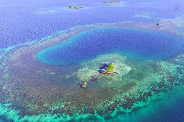 Schau Dir dieses großartige Inserat bei Airbnb an: Bird Island - Placencia, Belize - Inseln zur Miete in Stann Creek Dist
