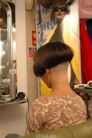 high shaved nape is a must try for all you girls <3