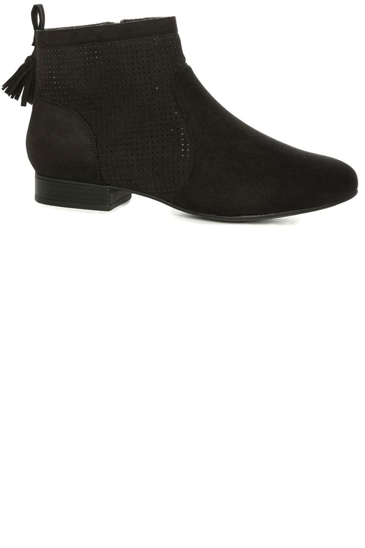 The Best Primark Boots You Can Shop Now | Look
