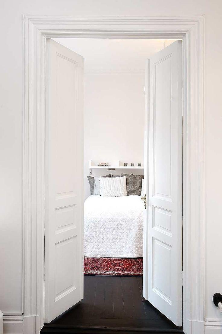 double door int guest bathroom return