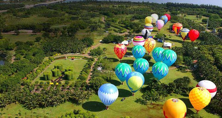 Hot Air Balloon Festival - Bounty Islands: an annual hot air balloon festival in Haikou  ( Gu Yue/ChinaFotoPress/Getty Images