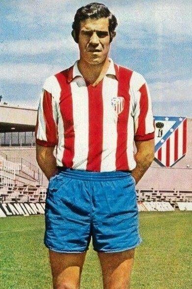 Luis Aragones, centrocampista español
