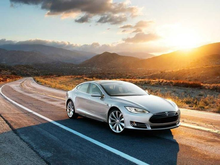 The most important things you need to know before driving a Tesla for the first time
