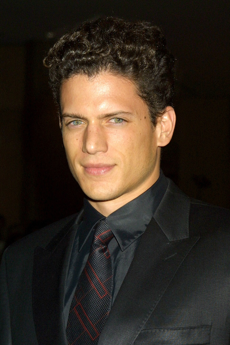 Wentworth Miller Lots Of Pics In Celebrity Gossip