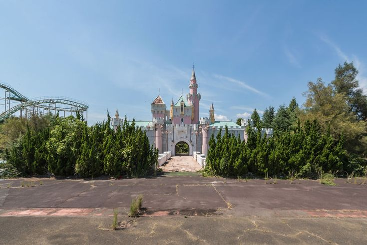 Abandoned Theme Park In Japan That I Visited During My Last Trip