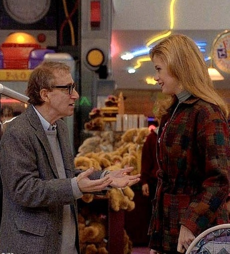 "Woody Allen and Mira Sorvino in ""Mighty Aphrodite"" (1995 ..."