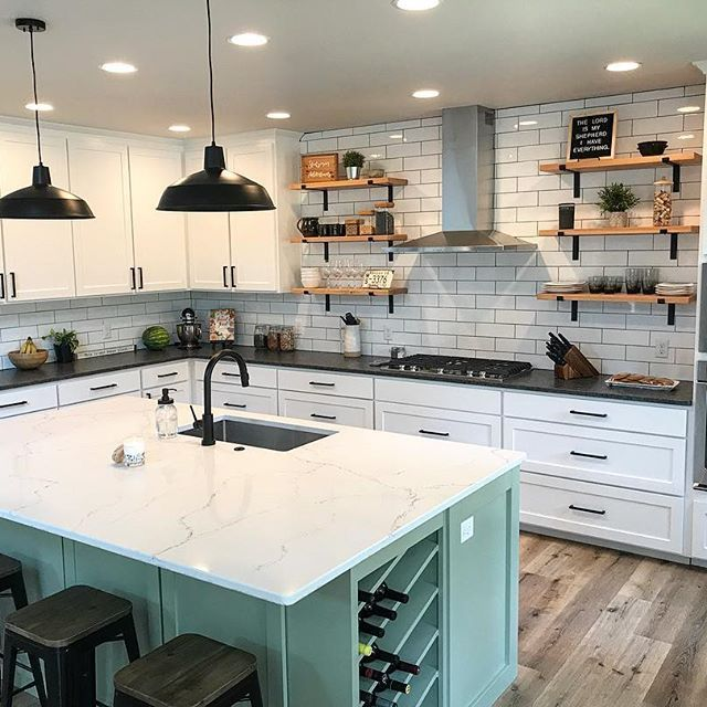 Delta Faucet Matte Black Kitchen Faucet White Modern Kitchen Kitchen Inspiration Design Black Kitchen Faucets