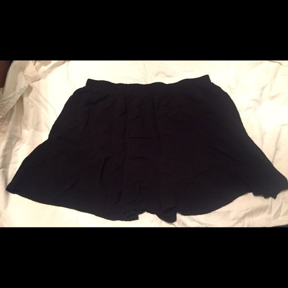 Forever 21 circle skirt Worn only a few times. Black circle skirt in great condition. From Forever 21's plus size Forever 21 Skirts Circle & Skater