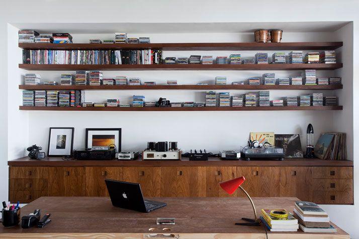 Oscar Niemeyer's revitalized residence welcomes 2011 | Yatzer