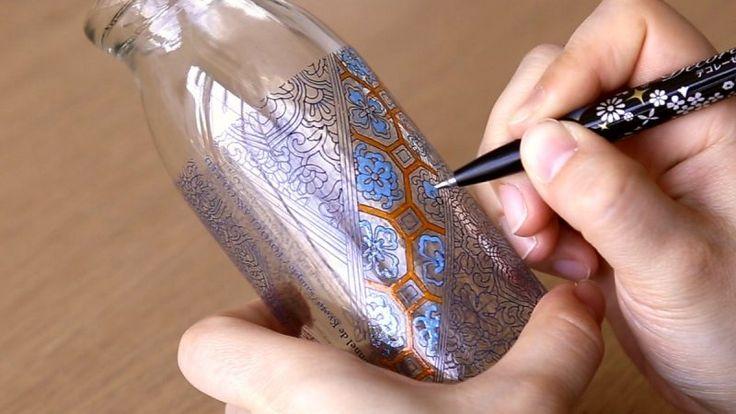 大人気シリーズ「大人の塗り絵」の絵柄を使用した塗り絵ボトル「コロリアージュボトル」が12月15日〜17日、「文具女子博」に限定出展されます。ワークショップも開催!【東洋ガラス×大人の塗り絵】