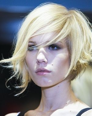 medium blonde straight thick coloured Layered Rock-Chick Womens haircut hairstyles for women