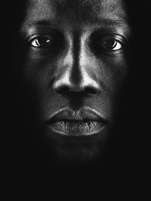 Wesley Snipes por Nigel Parry. Used to REALLY like him until I heard that he's the one the busted Halle Berry's eardrum. ABUSER.