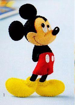 Blog de Goanna: Molde con tutorial de Mickey Mouse en Fieltro